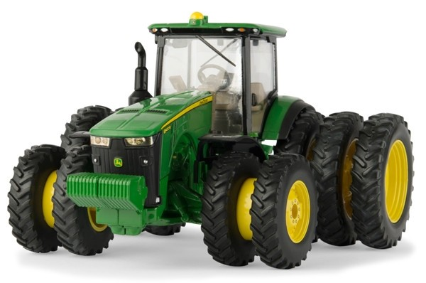1:32 8400R Duals And Triples Tractor