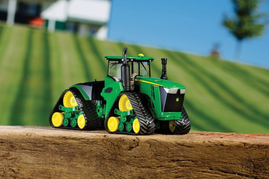 1:32 9570RX Tracked Tractor