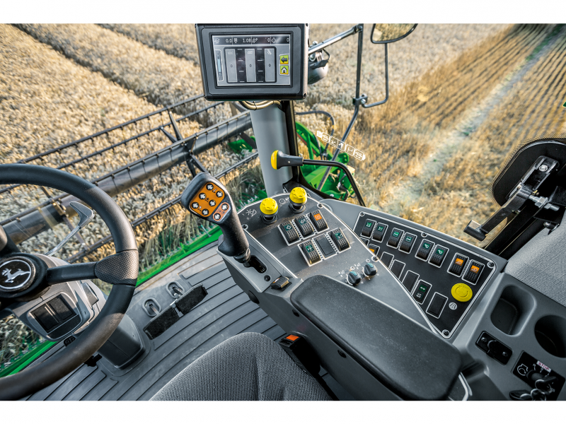 John Deere 4200 Display