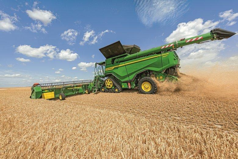 Read Article - John Deere wins Silver at Agritechnia with the new X9 Comine