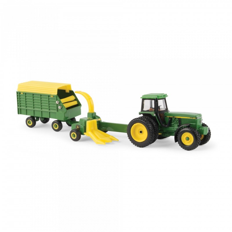 1/64 4960 Tractor with Pull Type Forage Harvester and Wagon