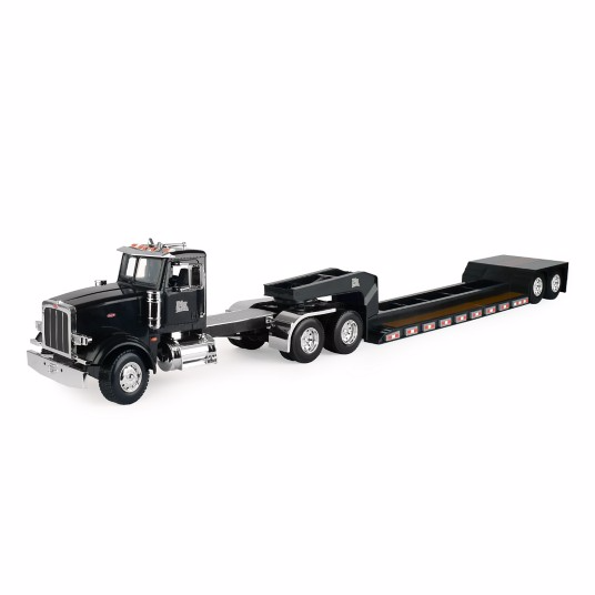 1:16 Big Farm Peterbilt Semi w/ Lowboy